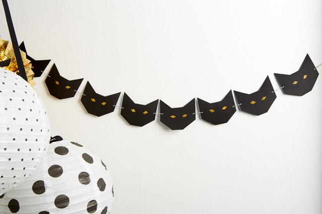 popupkemut-halloween-kissaviiri